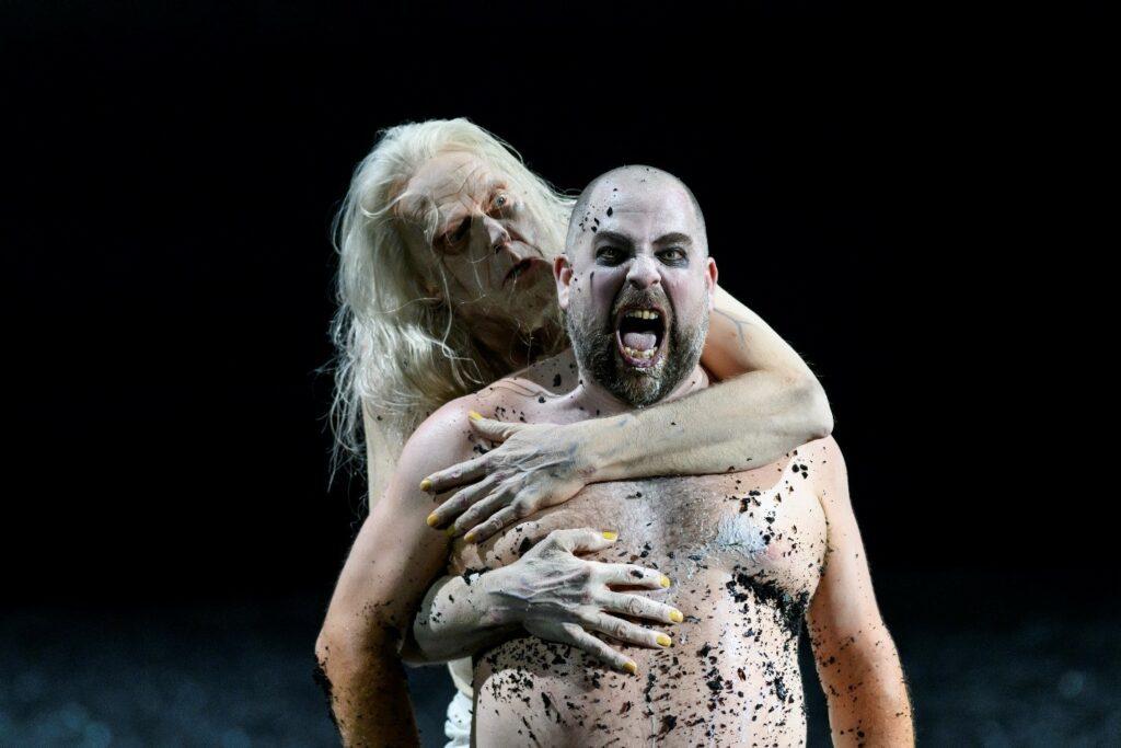 John Graham-Hall (Witch of Endor) and Markus Brück (Saul) in Glyndebourne Festival's Saul. Photo: Bill Cooper
