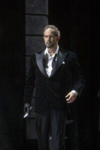 Gerald Finley (Bluebeard)