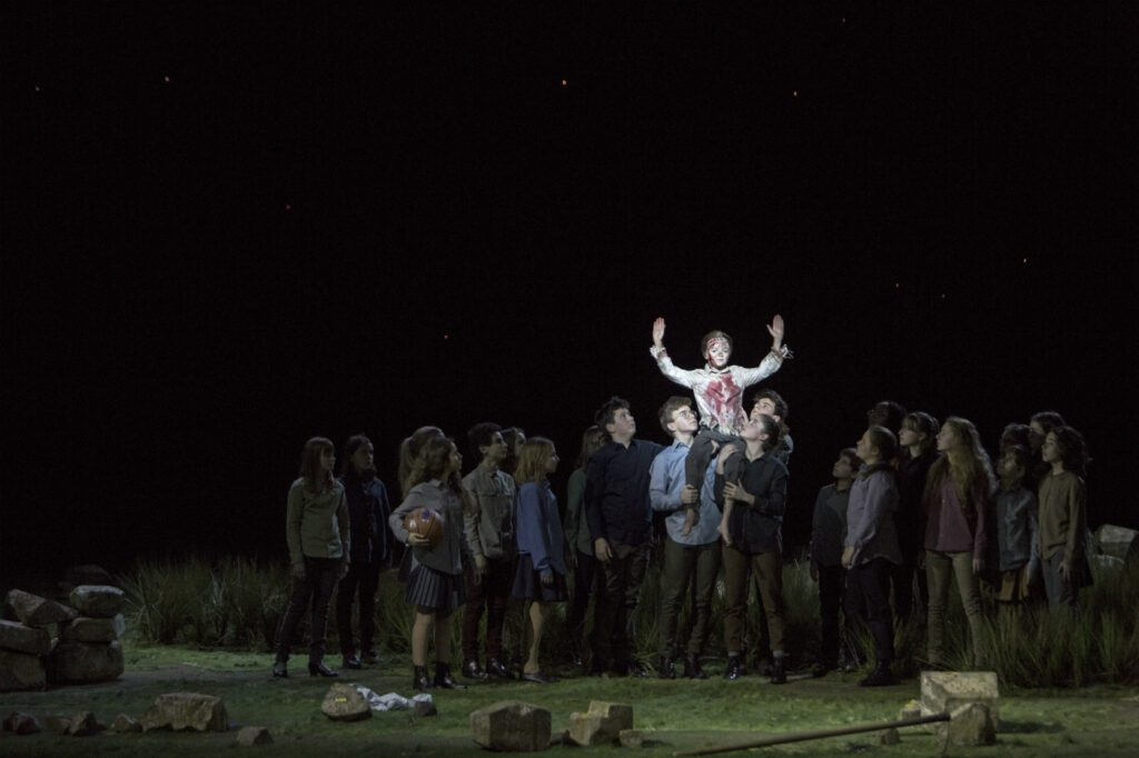 A scene from Paris Opera's Il primo omicidio. Photo: Bernd Uhlig