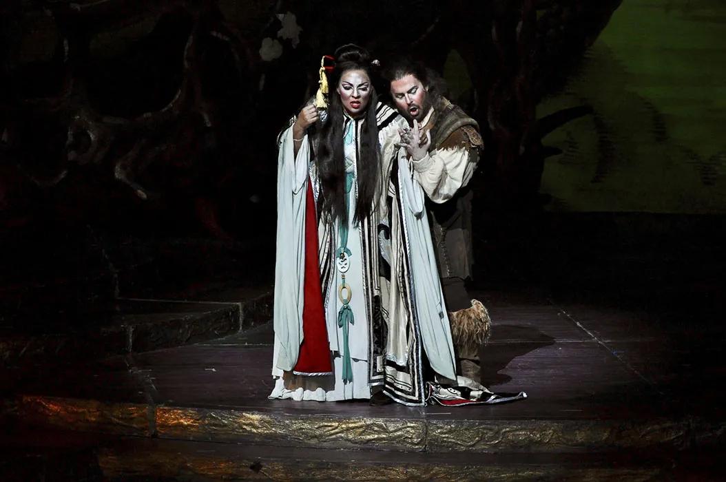 Othalie Graham in Nashville Opera's Turandot